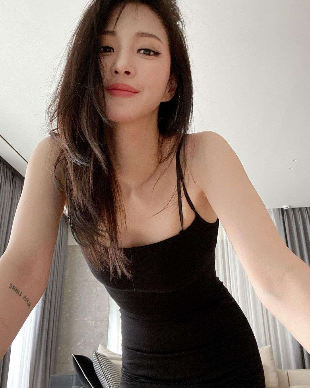 Han Ye Seul hot