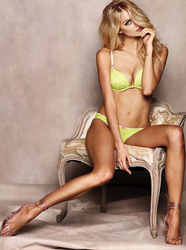 Lindsay Ellingson hot look