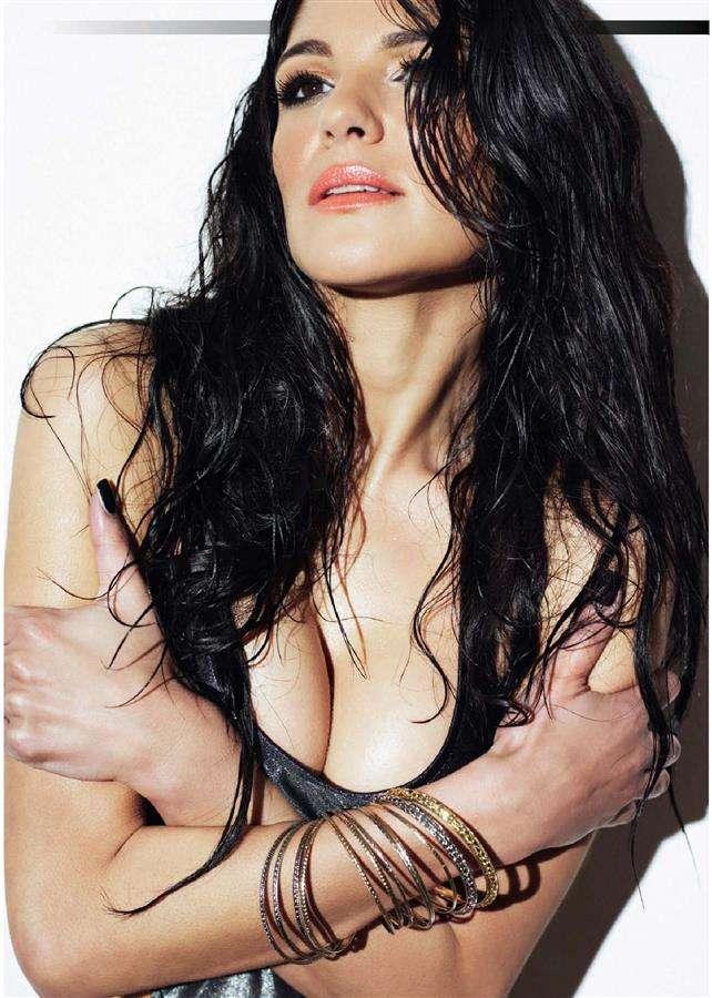 Natalie Anderson hot