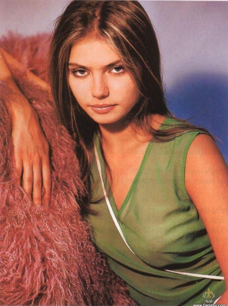 alina kabaeva good looking