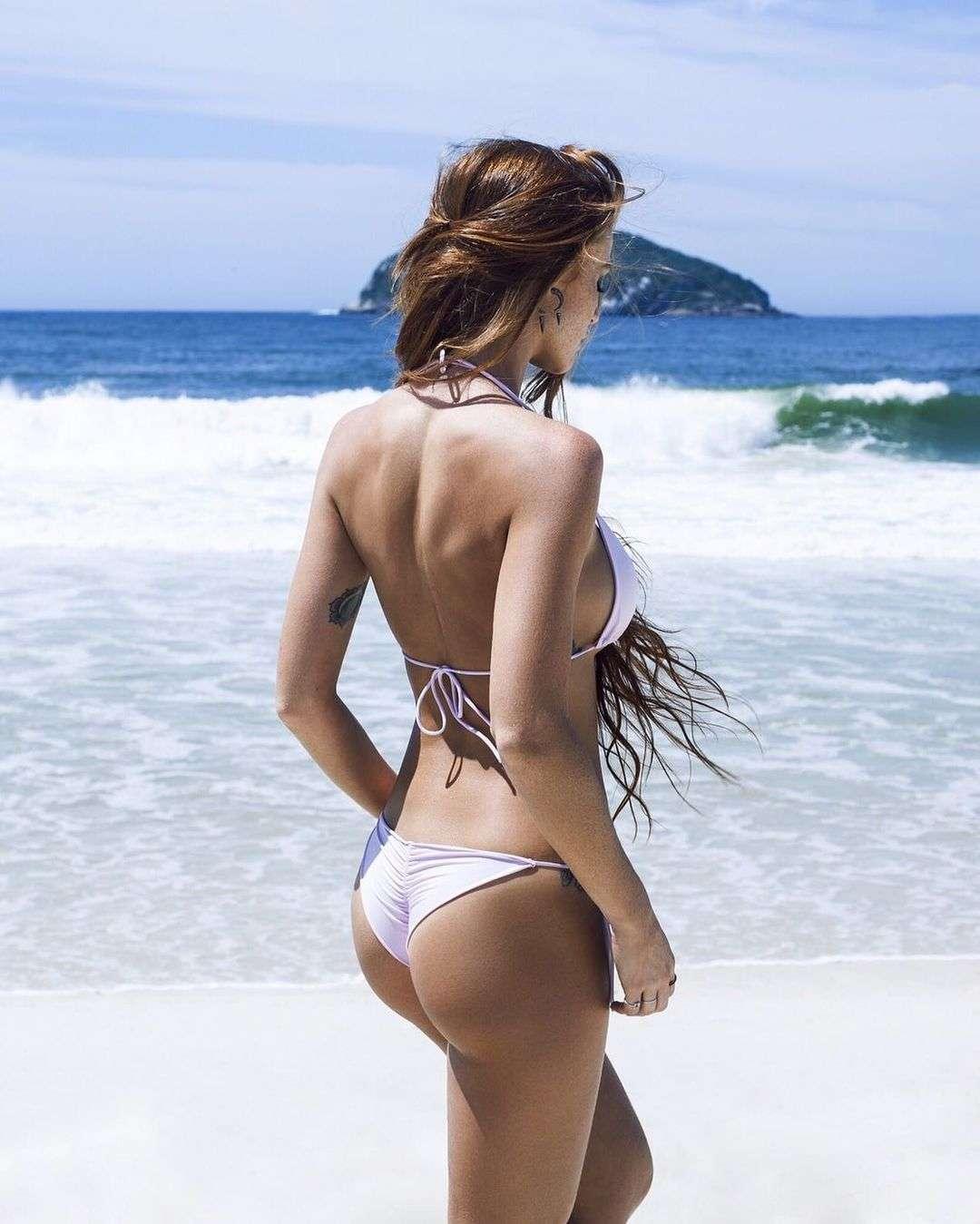 cintia dicker butt