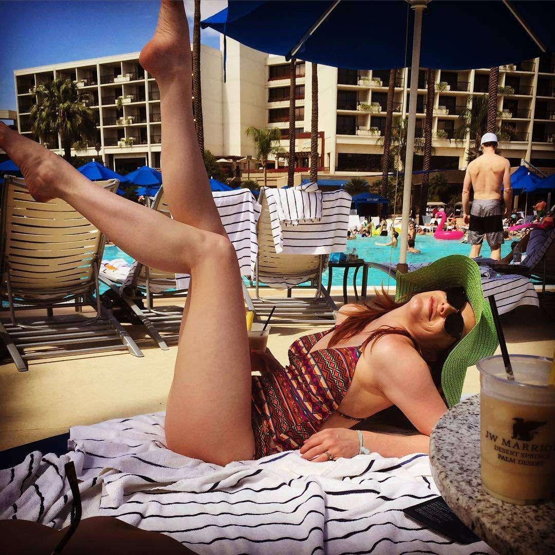 Tara Perry sexy pics